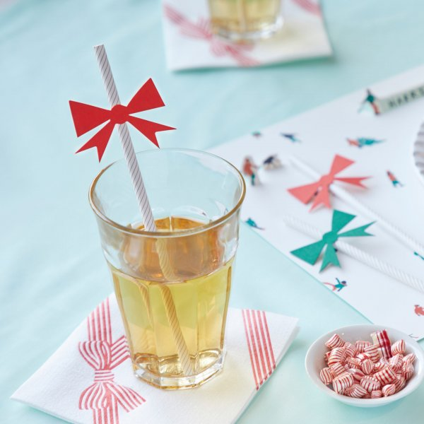 red bow paper straws