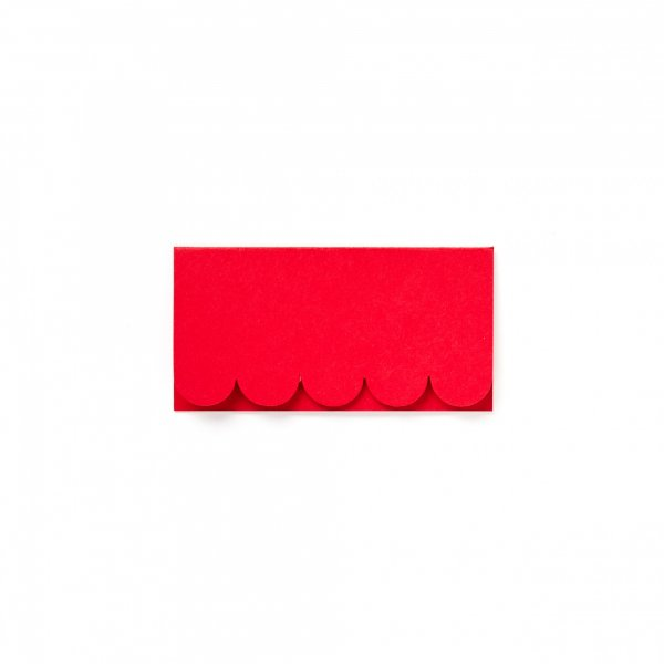 red scallop place cards